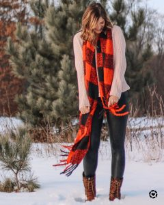 ivory chenille sweater oversized buffalo plaid scarf spanx leggings kamik boots cute womens fashion for winter