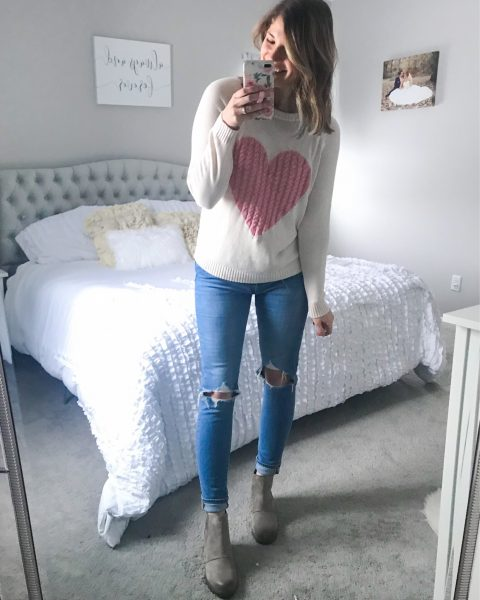 pullover heart sweater valentines day sweater pink and white sweater casual valentines day looks