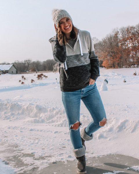 busted knee levi 721 skinny jeans colorblock hoodie koolaburra ugg fur lined boots