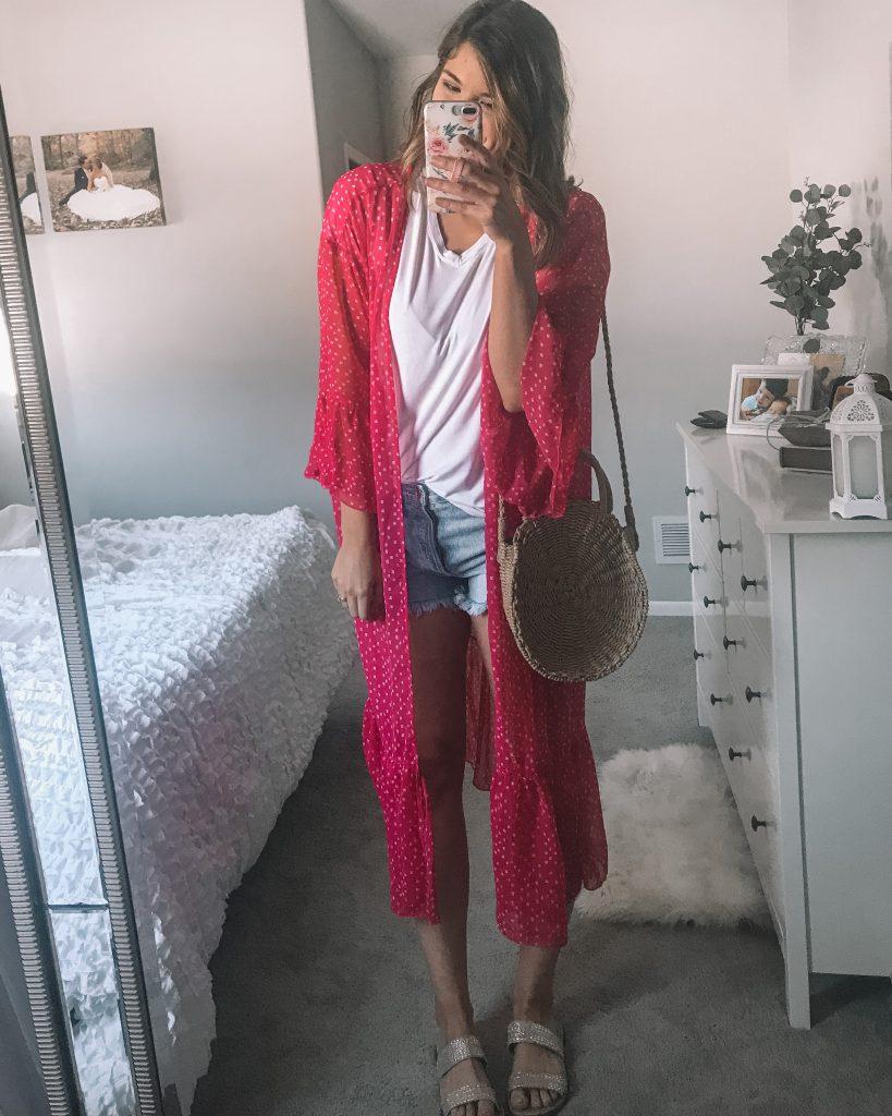 hot pink lightwweight kimono white v neck t shirt straw crossbody bag parker agolde denim shorts rhinestone slide kersha sandals
