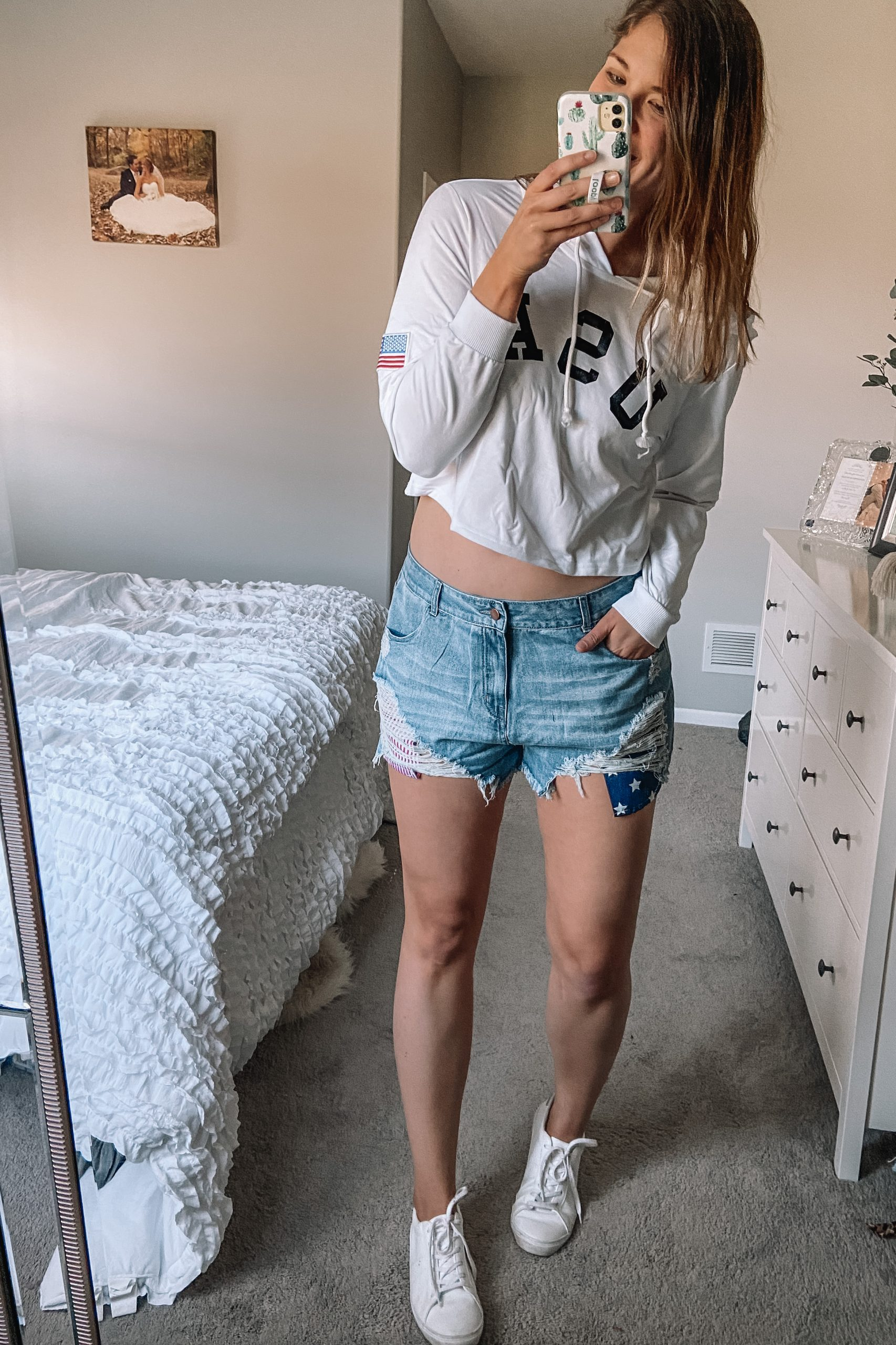 cropped usa sweatshirt white leather tennis shoes american flag pocket jean shorts