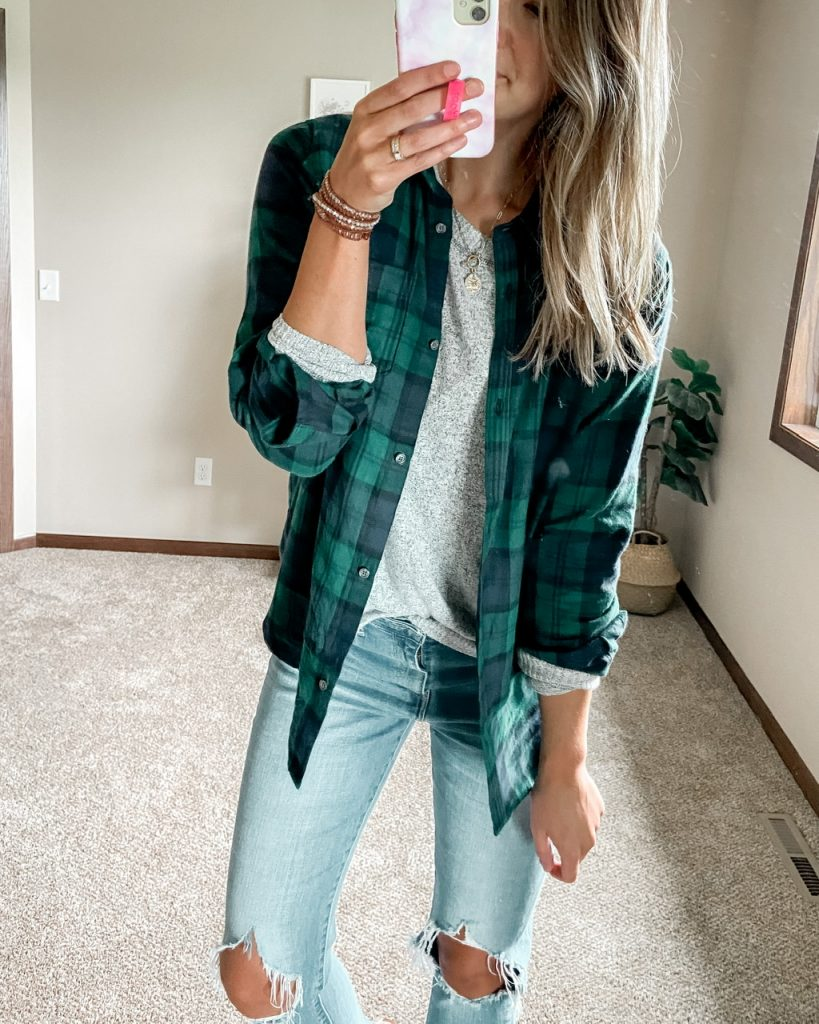 blue and green flannel shirt over gray long sleeve top // levi 721 busted knee jeans