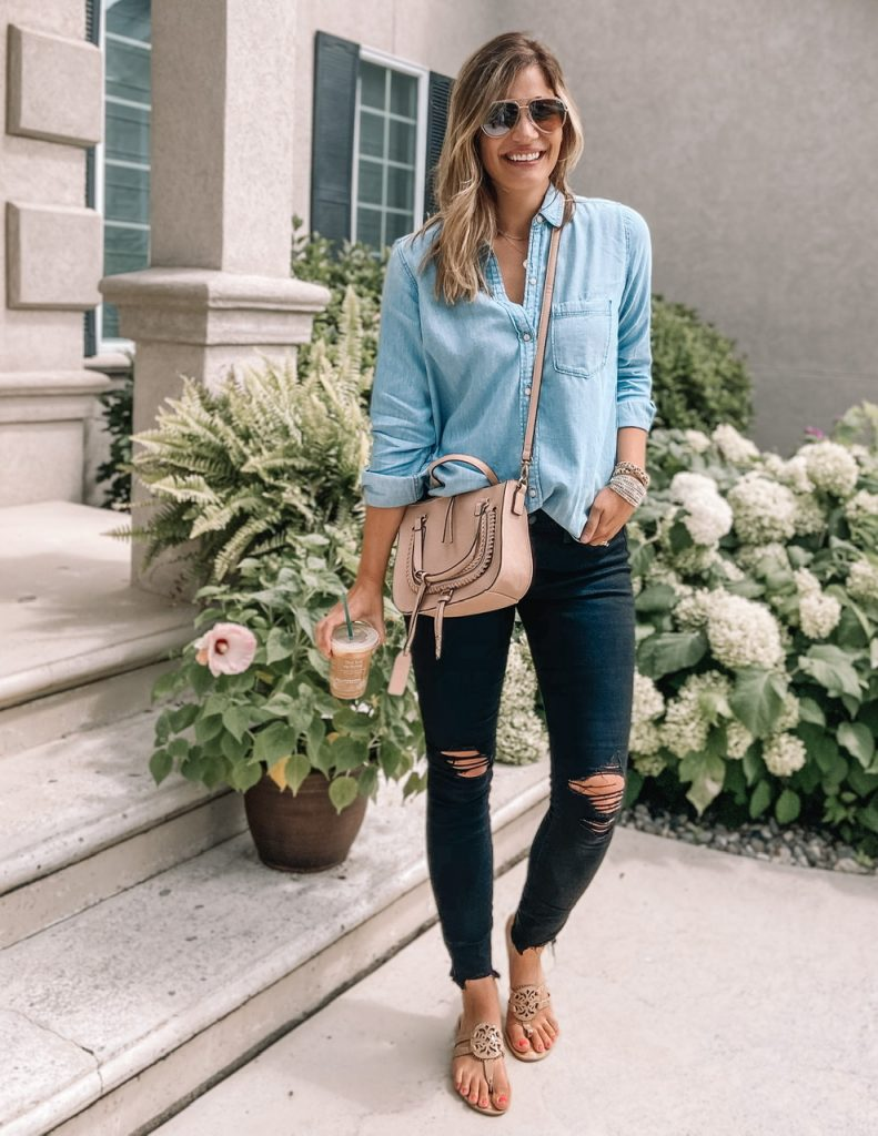 chambray top / sole society destin satchel / black long jeans/ quay high key/ patent tory burch miller sandal dupe