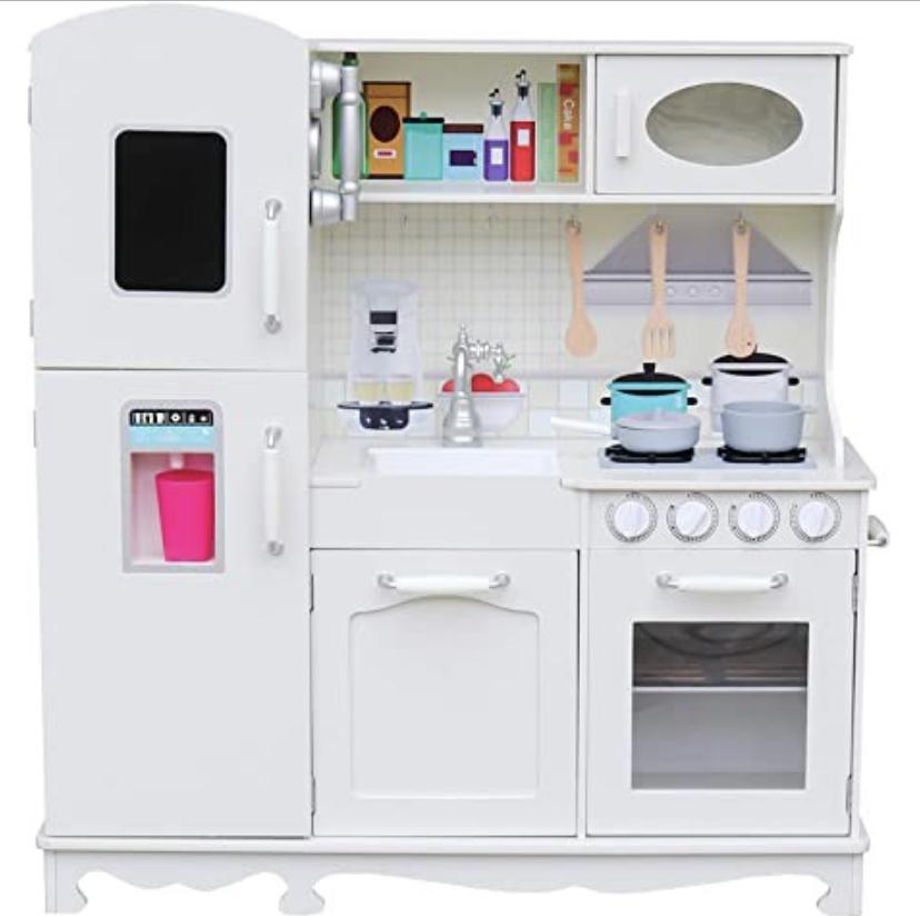 white play kitchen / gift ideas for kids / toddler gifts / play kitchen / amazon prime play kitchen