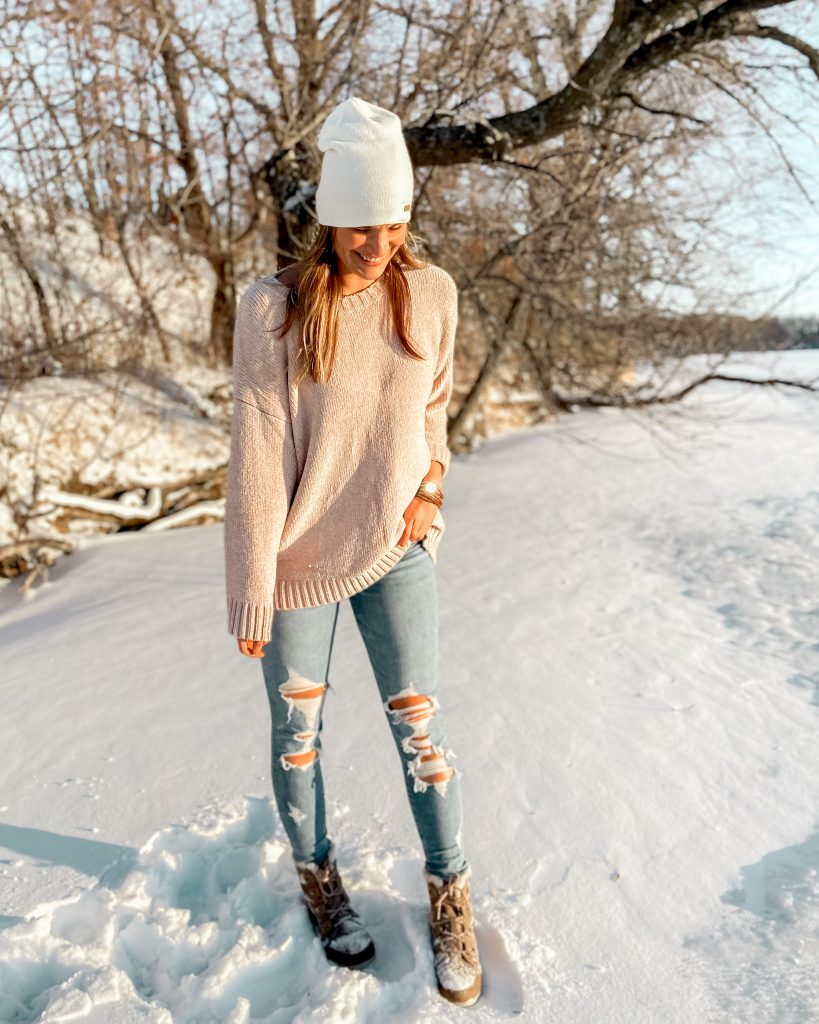 chenille ivory sweater and sorel boots  / best after christmas sales