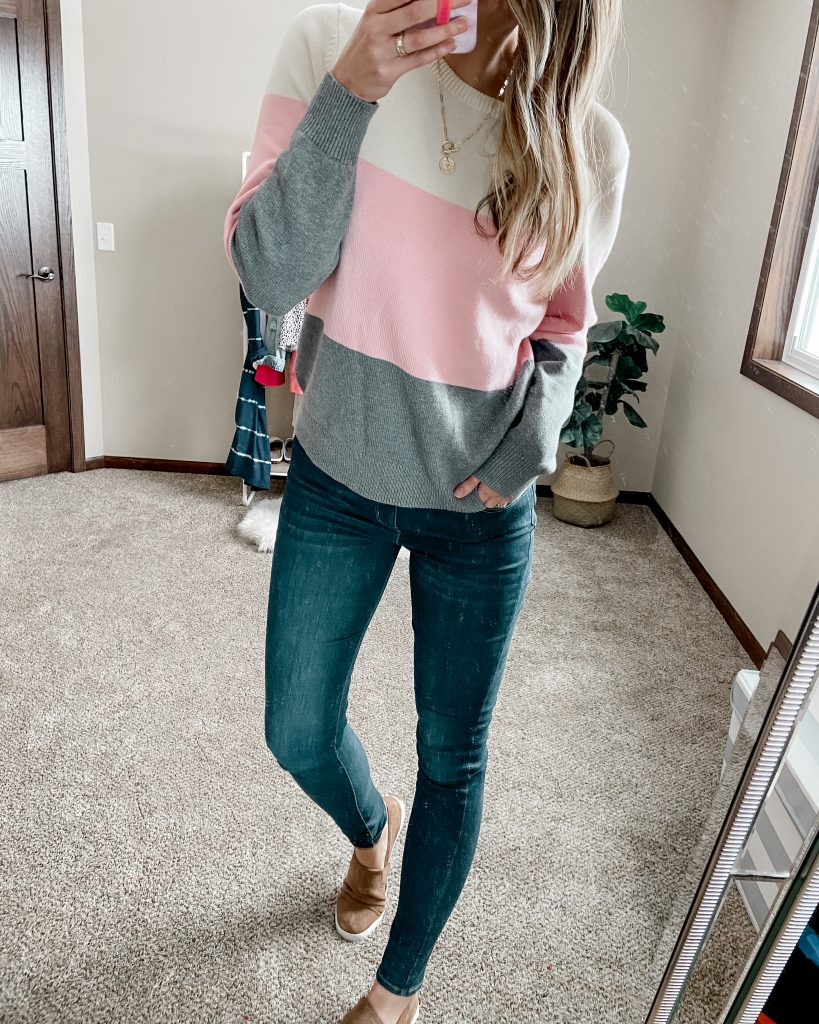 colorblock sweater / pink and gray sweater / long jeans / levis jeans / dark wash jeans / skinny jeans / winter oufits / best amazon items / best amazon sweater