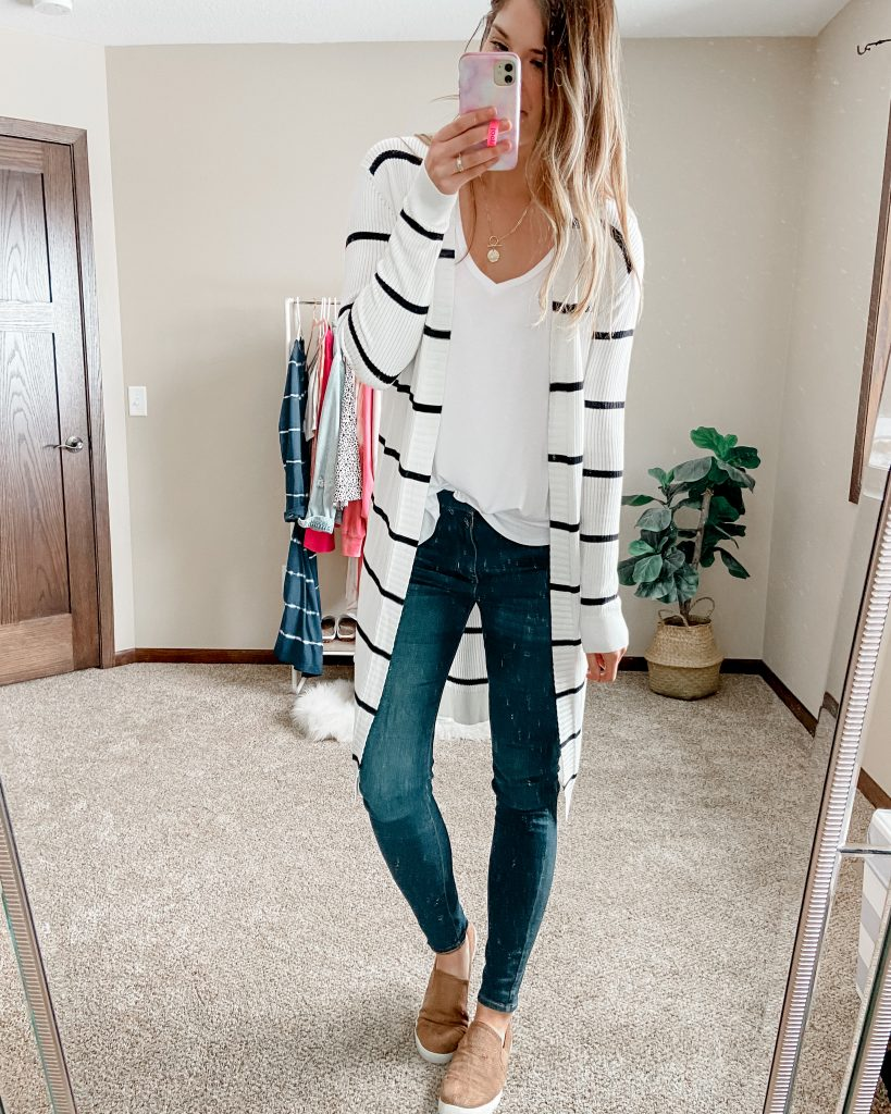 black and white cardigan / amazon cardigan / white tank top / amazon tank top / best white layering tank / dark skinny jeans / long length skinny jeans / levi's 720 jeans / slip on tennis shoes