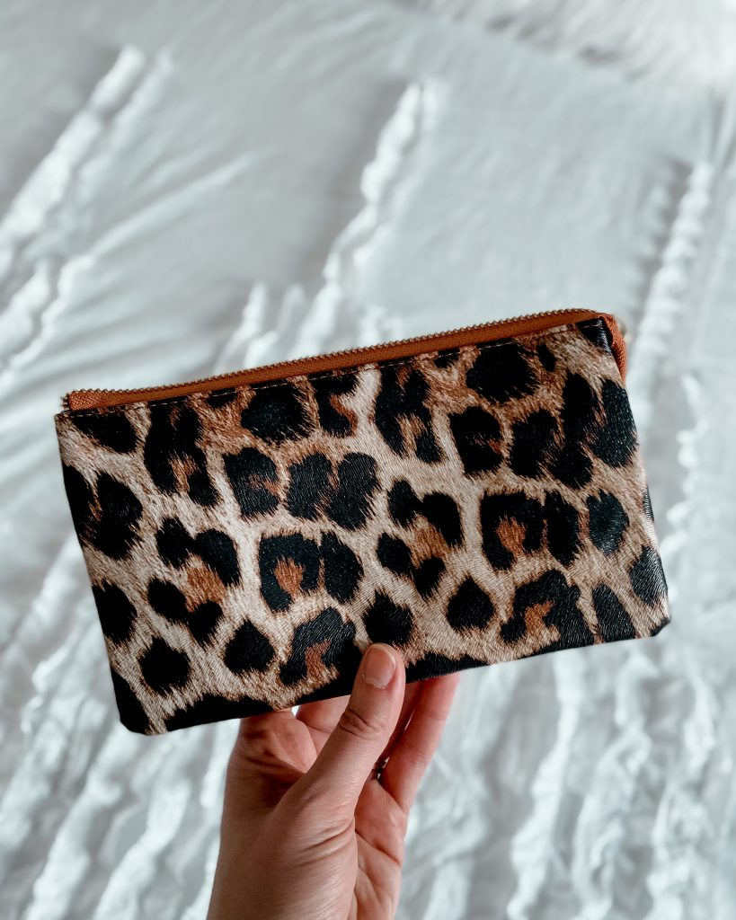 bridesmaid gift / animal print bag / cheetah clutch / crossbody bag / wristlet bag / wedding purse