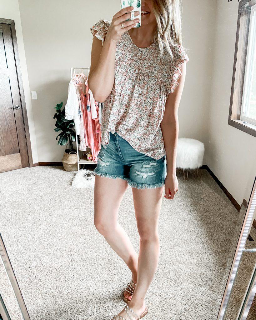 walmart scoop floral ruffle short sleeve top / walmart jean shorts / cutoff jean shorts / jean shorts under $25 / floral top